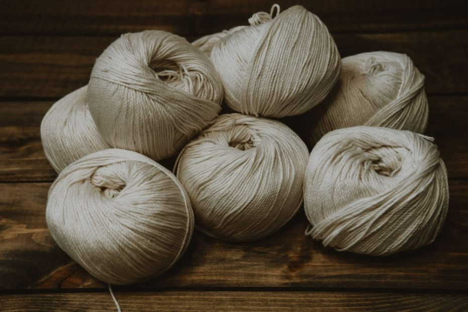 Experimenting with using natural dyes on undyed natural fibres is extremely fun